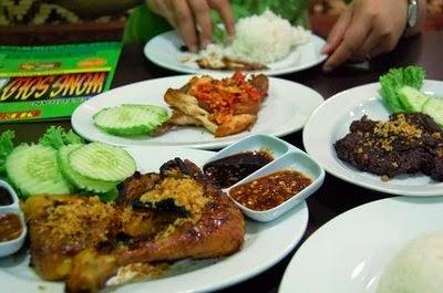 Selama Ramadhan, Ayam Bakar Wong Solo Jadi Rumah Makan Paling Dicari Pelanggan